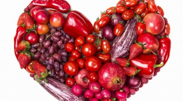 vegetables fruits tomatoes pepper strawberry grapes apples h 696x552 1140x630