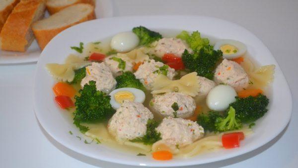 Простые и вкусные супы для больных, страдающих панкреатитом