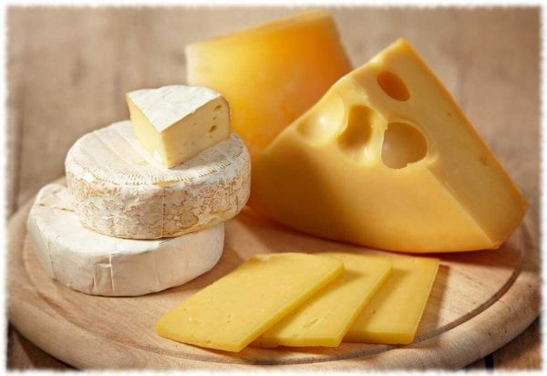 Можно ли есть сыр при панкреатите и как он действует на самочувствие?