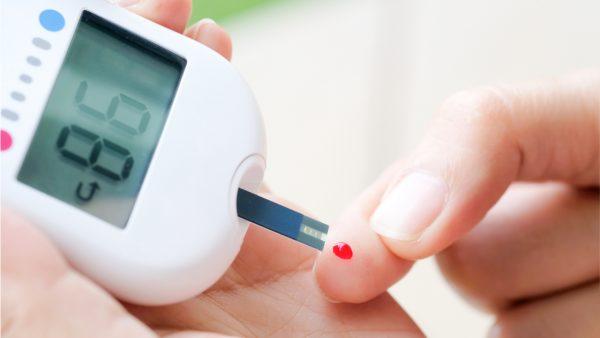 diabet glyukometr