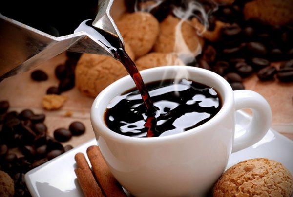 kofe povyshaet ili ponizhaet davlenie polezno li kofe ili vredno...