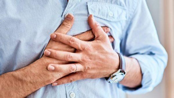 В чем опасность COVID-19 для возрастных пациентов с заболеваниями сердца?